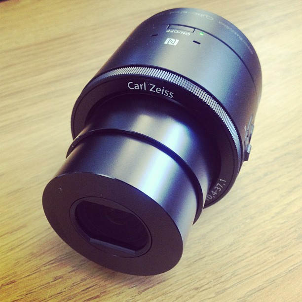 Sony QX100 review