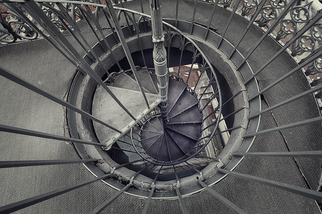 Santa Justa spiral staircase